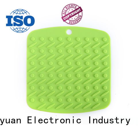 best household silicone items 18*18*0.8cm Insulation Pad For Men