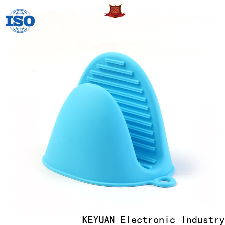heat-resistant silicone kitchenware products well designed for cake making