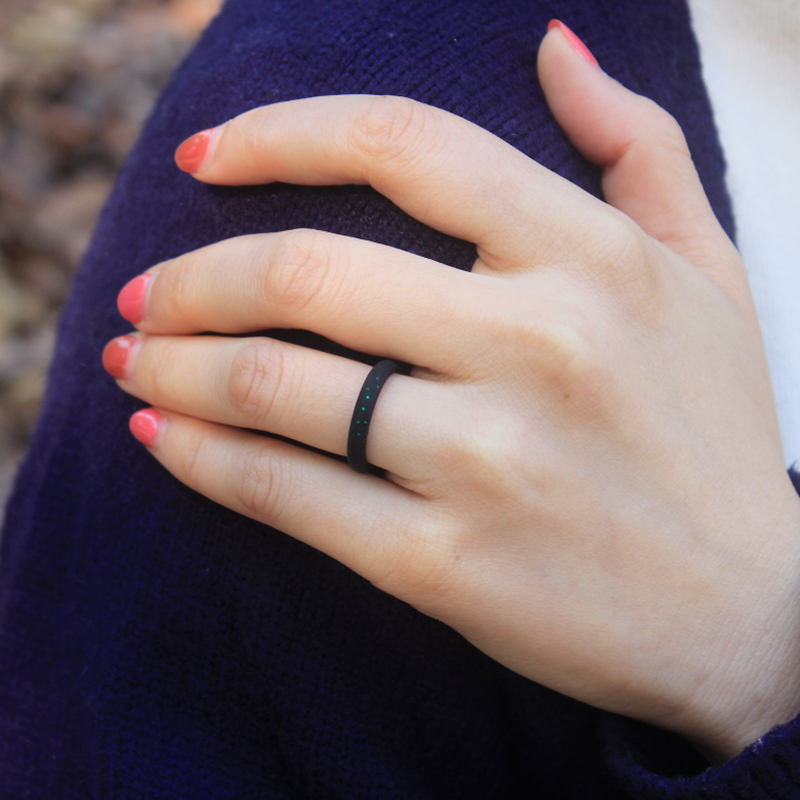 Glitter Style Silicone Lady`s Ring